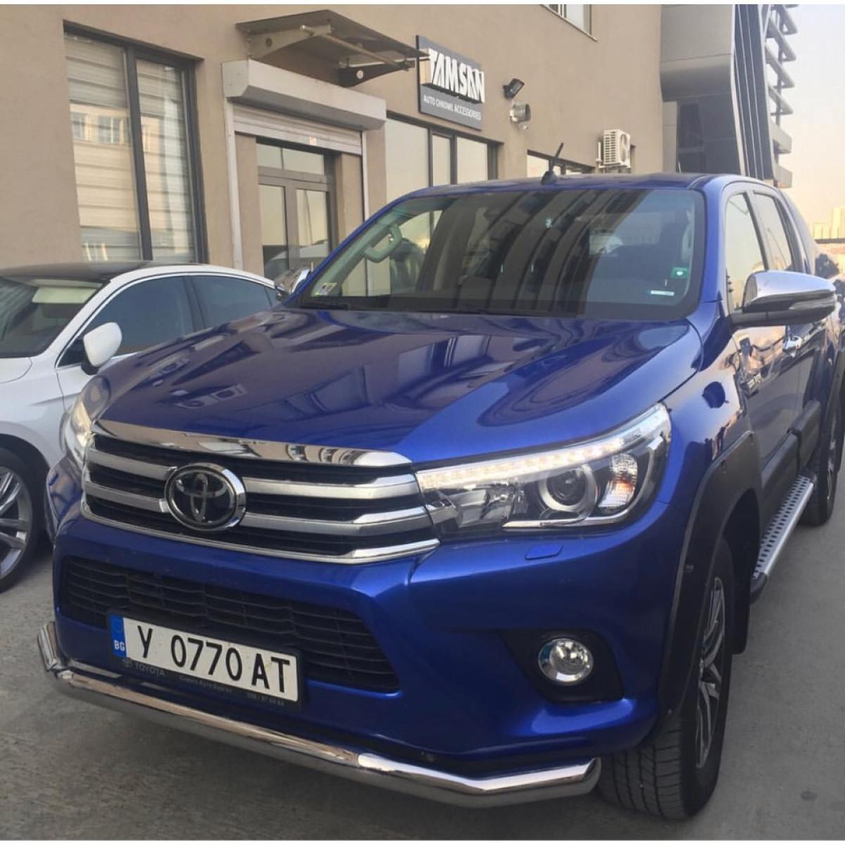 Защита переднего бампера Toyota Hilux 2018
